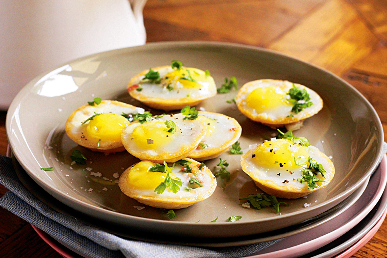 quail-egg-and-pancetta-pies-45618-1.jpeg
