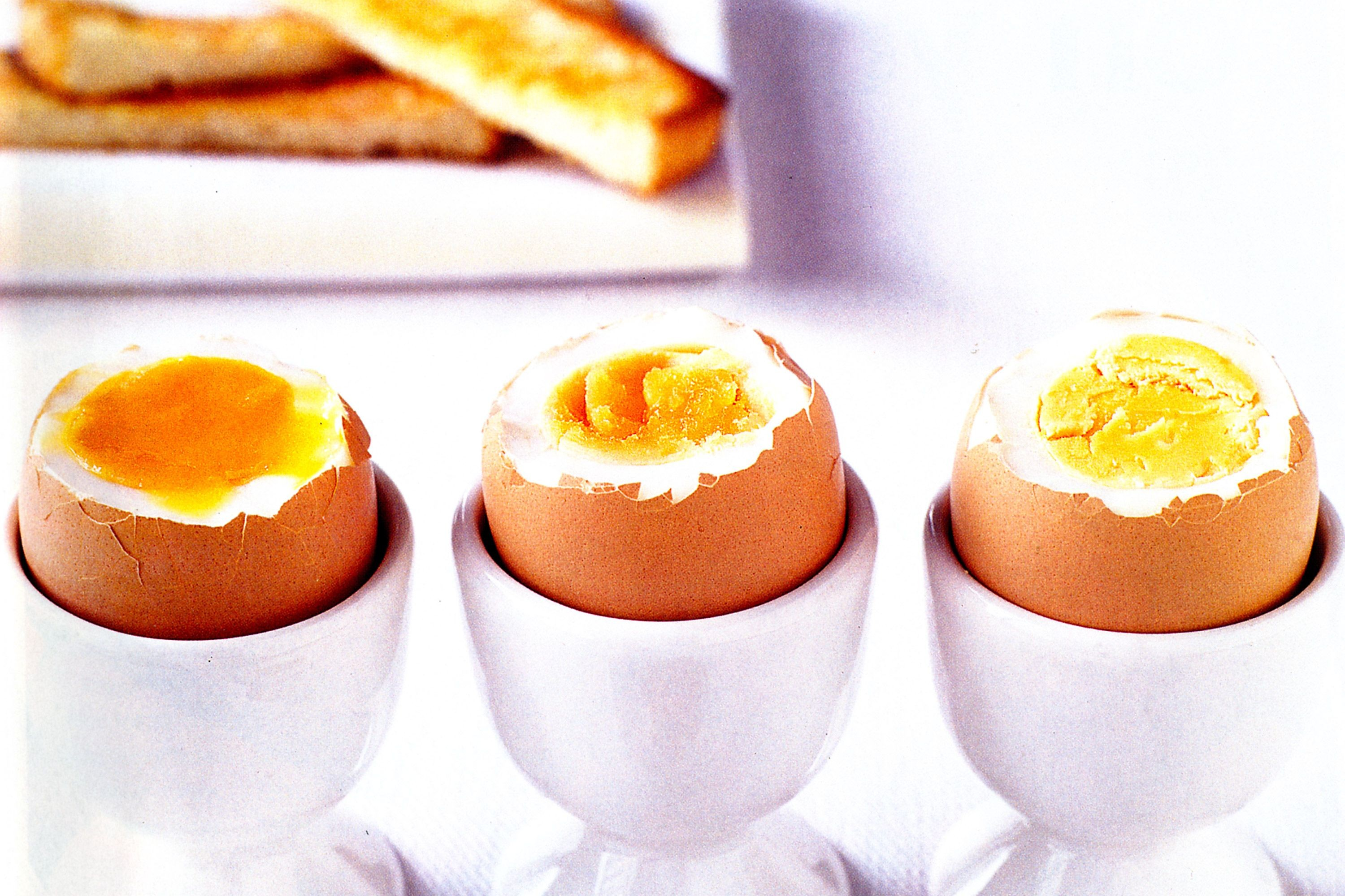 how-to-boil-an-egg-21058-1